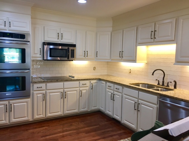 How To Update An 80 S Kitchen On A Budget Superior Construction And Design