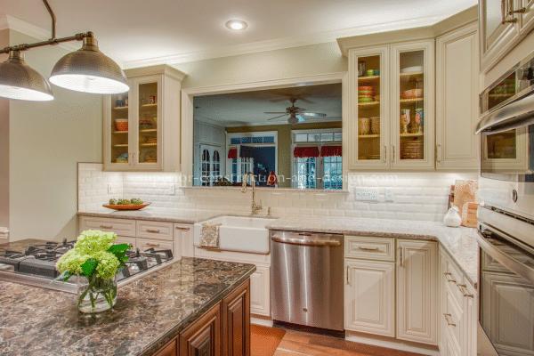 pick-the-right-white-kitchen-designer-elizabeth-scruggs-superior-construction-tn