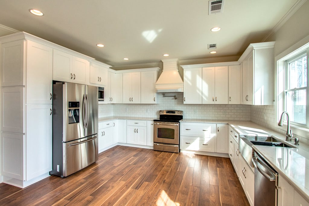 superior-construction-design-how-to-pick-the-right-white-for-space-lebanon-tennessee