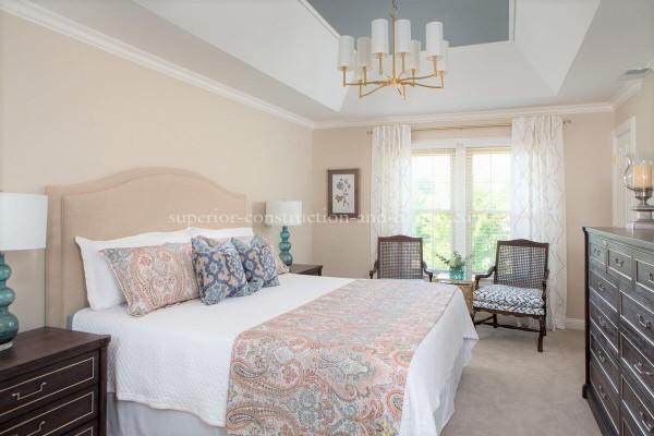 superior-construction-design-mt-juliet-tn-bedroom-chandelier-600x400