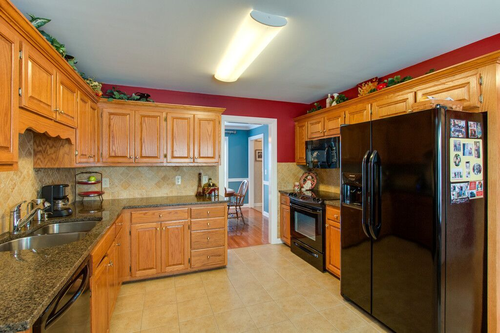 superior-construction-design-mt-juliet-tn-before-kitchen